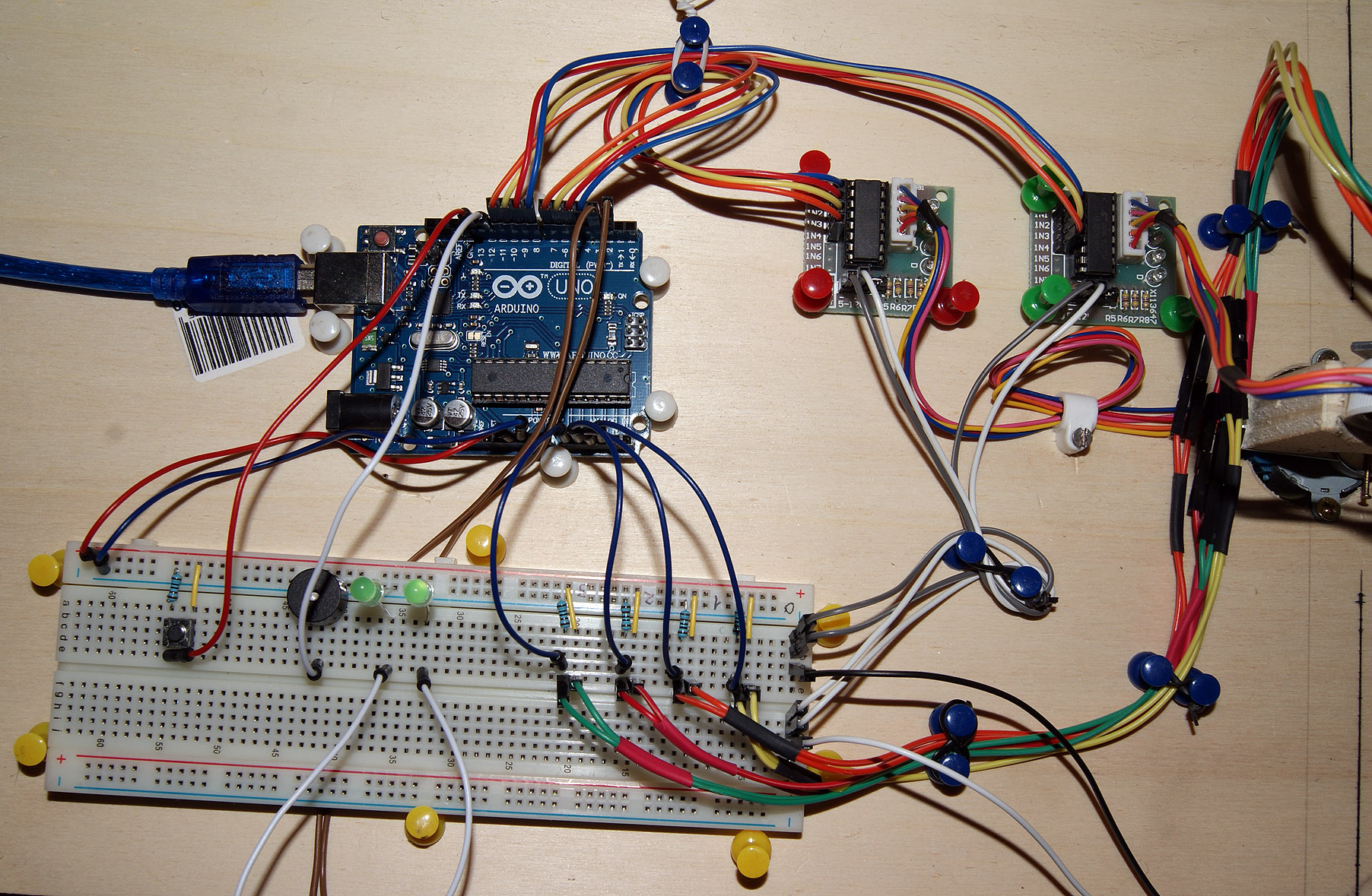 Arduino controlled light tracking turret